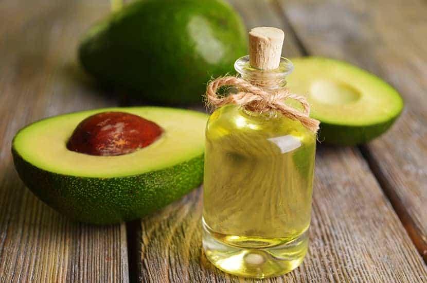 L'olio di avocado è ricco di vitamine e minerali